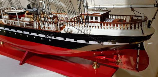Belem painted 80 cm hull red40