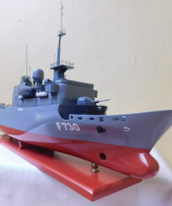 The frigate Floreal Military Boat 54 cm 6