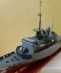 The frigate Floreal Military Boat 54 cm 8