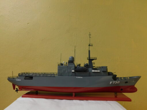 The frigate Floreal - Military Boat